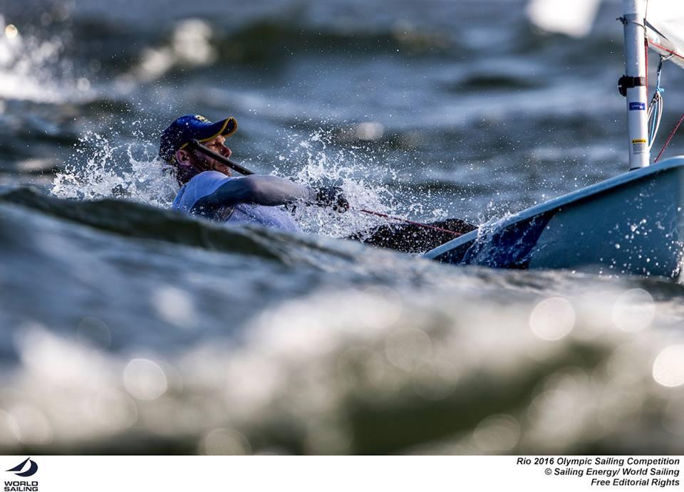 Robert Scheidt, probabilmente il timoniere più atteso dei Giochi. Se andrà a podio nei Laser sarà l'unico velista della storia d aver conquistato sei medaglie olimpiche. Foto Sailing Energy