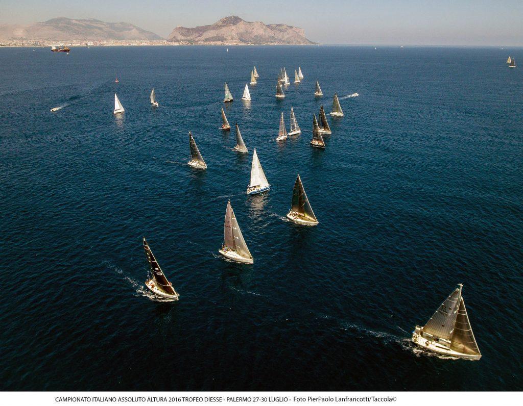 La flotta dell'Assoluto ORC a Palermo. Foto Taccola