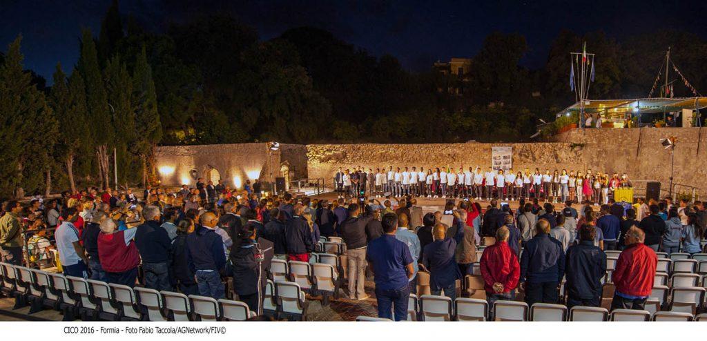 Un momento della cerimonia d'apertura nell'Area Archeologica di Caposele. Foto Taccola