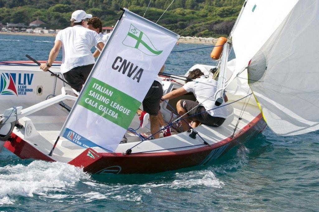 L'equipaggio del CNVA in azione